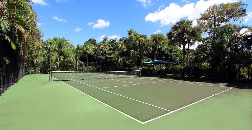 clean sport courts with Wet & Forget Outdoor