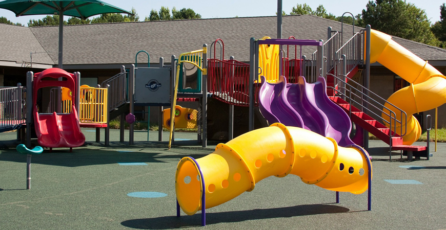 Clean playsets with Wet & Forget Outdoor